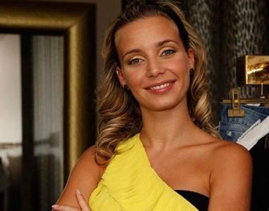 Luciana Abreu Luciana Abreu Quer Dedicar-Se À Música E À Representação