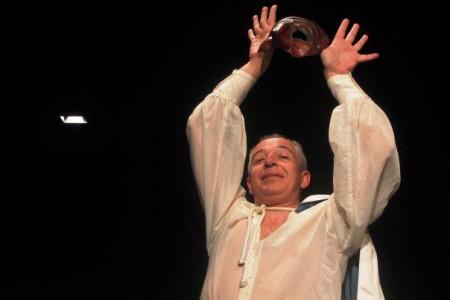 Filipe Crawford Filipe Crawford Faz Participação Especial Em «Dancin' Days»