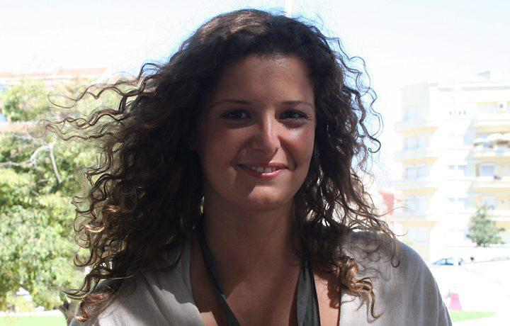 Maria Botelho Moniz1 Maria Botelho Moniz Fala Sobre «Curto Circuito»