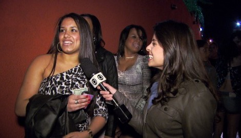 Eliane Scardovelli Com Frequentadora De Um Baile Funk «Profissão Repórter» Entra No Mundo Dos Bailes Funk