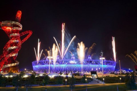 Fireworks+explode+over+the+Olympic+Stadium+during+a+rehearsal+for+the+opening+ceremony+at+the+2012+Summer+Olympics,+Wednesday,+July+25,+2012,+in+London