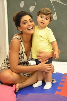 Juliana Paes com o seu filho Pedro
