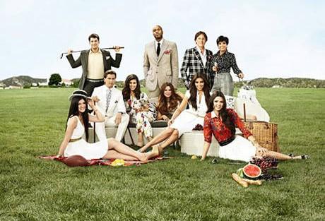 Kuwtkseason7Promo 2556259752456328124 «Keeping Up With The Kardashians» Regressa Hoje Com Nova Temporada