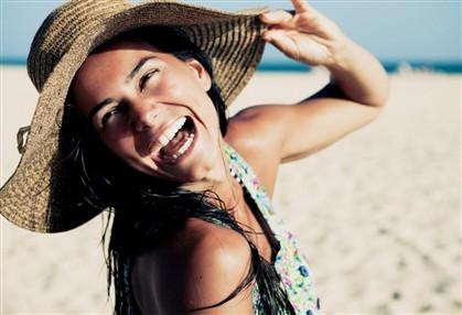 ng2002818 Cláudia Vieira em férias