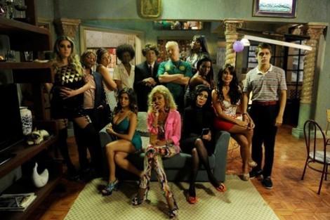 pe na cova TV Globo encomenda segunda temporada de «Pé na Cova»