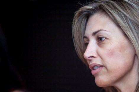 13400453 Uokq4 Clara De Sousa «Assustada» Com O Seu Boneco Em «Contra Poder»