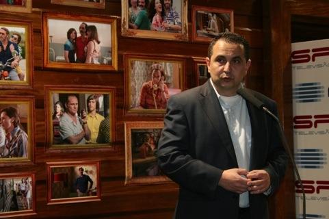 Quase um ano depois, Hugo Andrade volta atrás e anunciou a estreia de «O Poder da Ambição»
