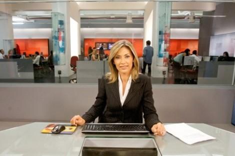 20130330 151416 Clara De Sousa Substitui Maria João Ruela Na Condução Do «Jornal Da Noite»