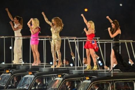 Spice Girls Programa De Tv Procura Nova Victoria Para As Spice Girls