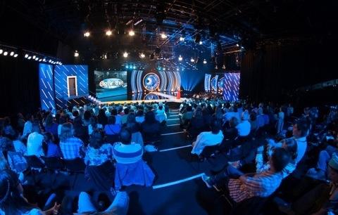 Duas caras TVI e dois cantores participam na gala do próximo domingo
