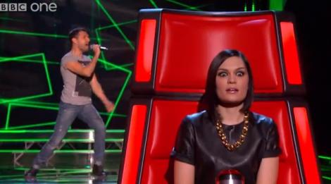 Jessiejj Cantor Português Faz Sucesso No «The Voice»