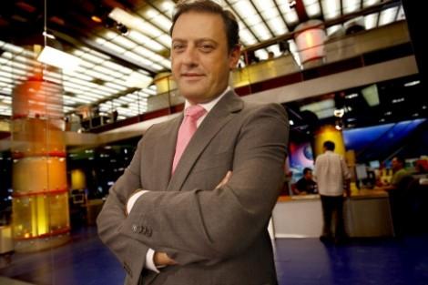 José Carlos Castro José Carlos Castro Demite-Se Da Direção Da Cmtv