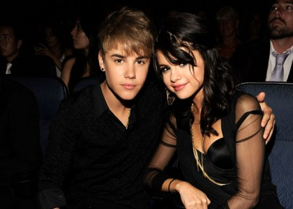 2011 07 14 16 12 40 1 justin bieber selena gomez attended the 2011 esp Justin Bieber e Selena Gomez podem ser os novos jurados de «American Idol»