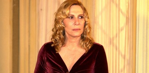 Renata Sorrah no papel de «Nazaré» em «Senhora do Destino».