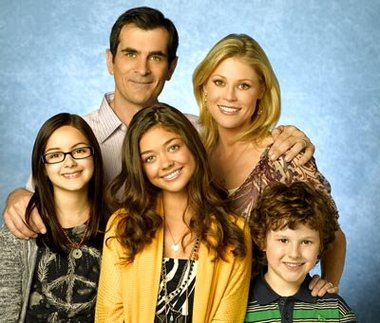 Modern Family Abc Pondera «Spin-Off» De «Modern Family»