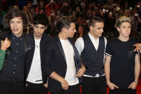 One Direction At The X Factor Usa Finale 1500003 Sic Aguarda Presença Da Banda One Direction Em «Factor X»