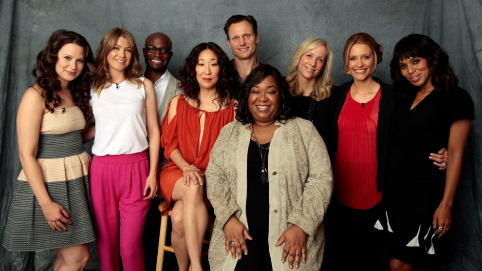 shonda-rhimes-and-friends