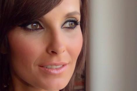 Cristina Ferreira Cristina Ferreira atinge um milhão de fãs no facebook