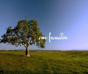 Em Família logotipo oficial
