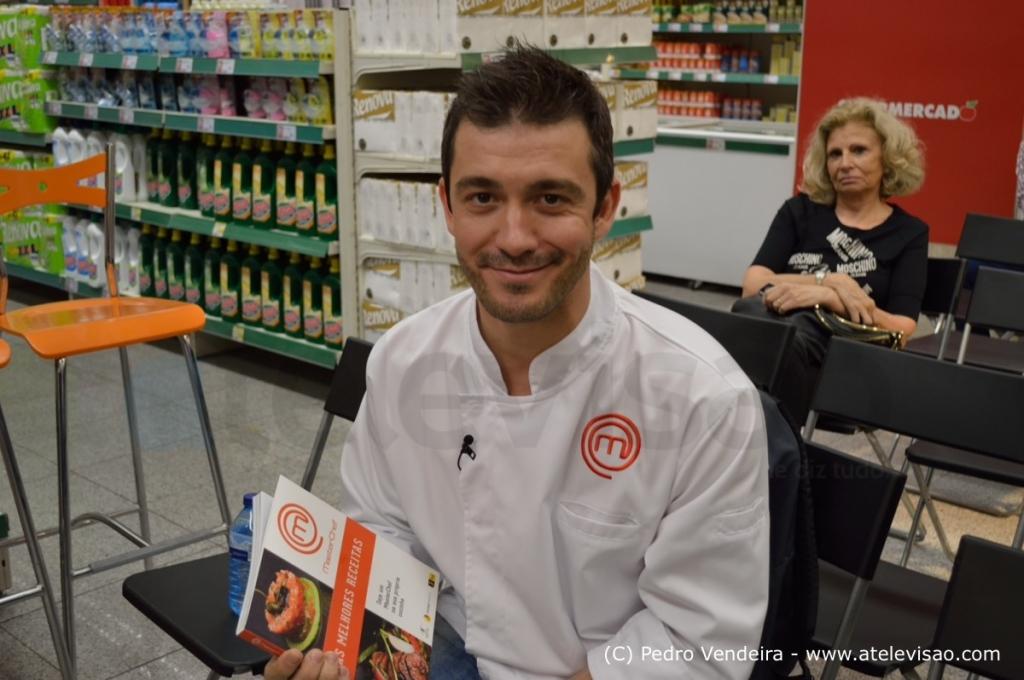 Miguel Rocha Vieira Apresentacao Livro Masterchef Atelevisao Veja Fotos Do Lançamento Do Livro «Masterchef As Melhores Receitas»