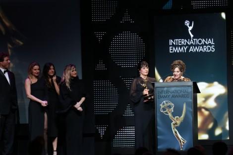 Joia Rara Vence O Emmy Internacinal De Melhor Novela Autores E Diretores De «Joia Rara» Felizes Com Emmy