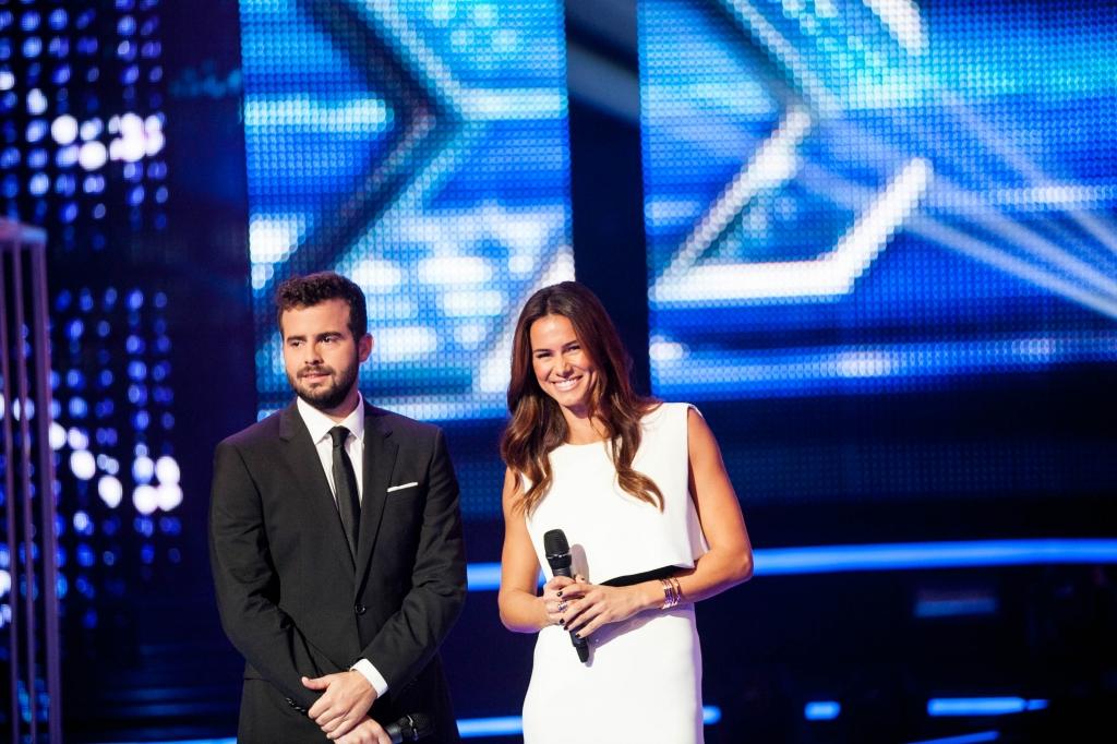 Factor X Joao Manzarra Claudia Vieira Cláudia Vieira Elogia O Talento Da Segunda Temporada De «Factor X» [Com Vídeo]
