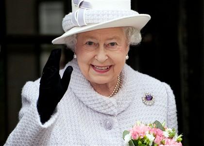 Ng2282896 Covid-19. Rainha Isabel Ii Muda-Se Para Castelo De Windsor Por Precaução