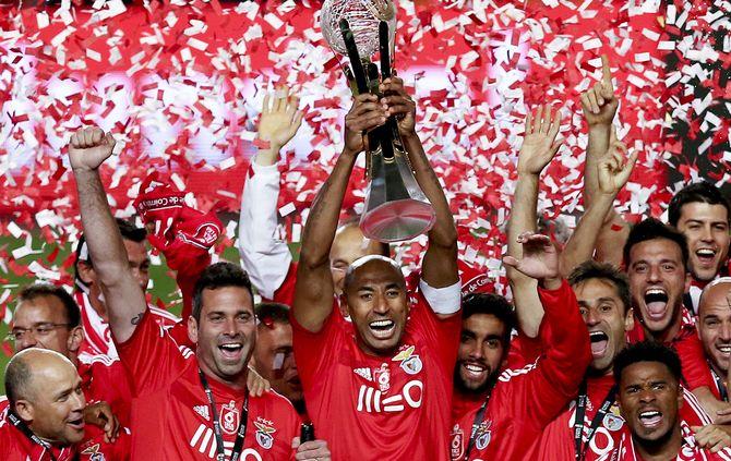 Benfica Nos E Sport Lisboa E Benfica Celebram Contrato Milionário