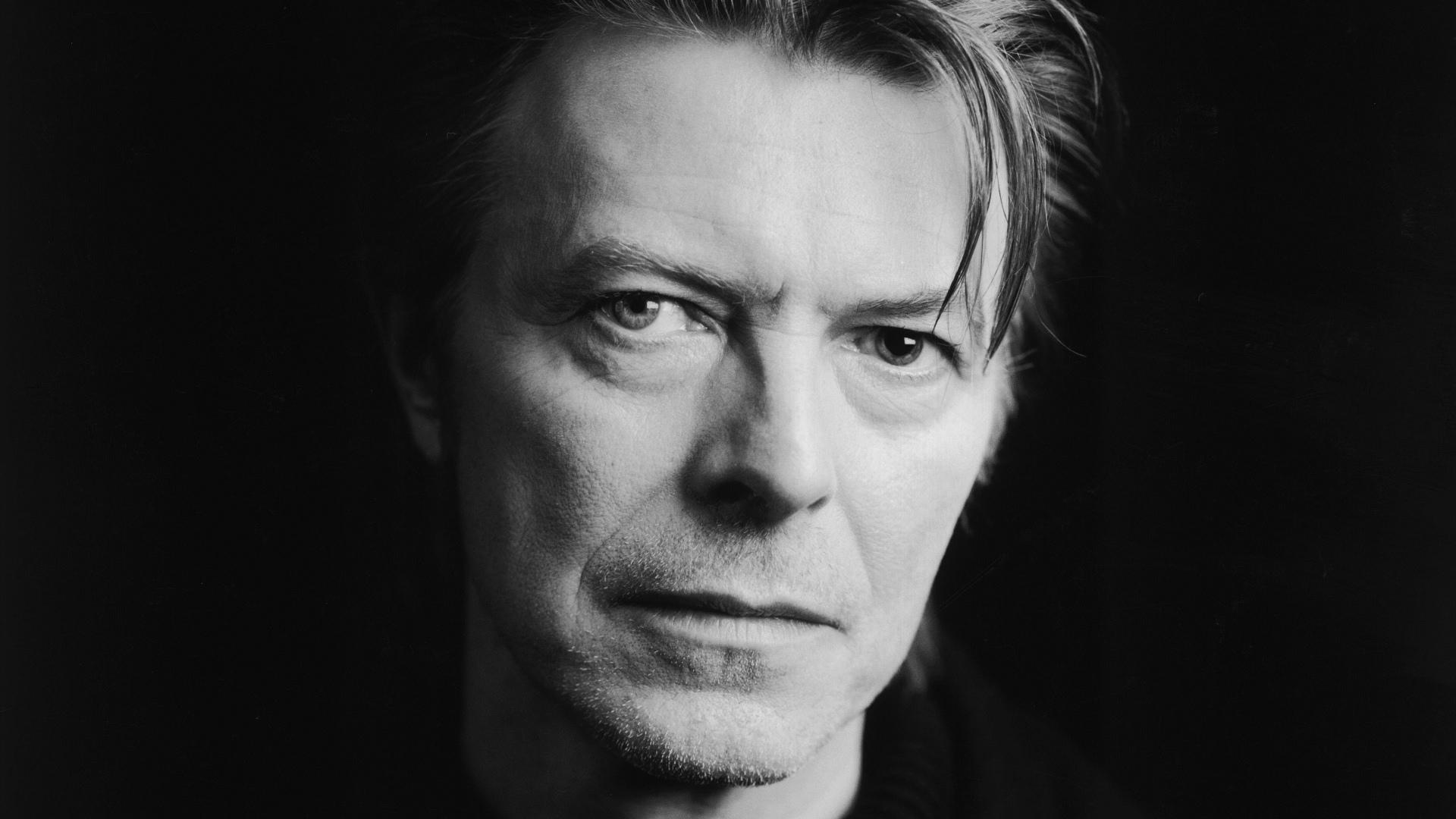 David Bowie Canal Cinemundo Homenageia David Bowie