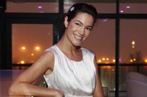 Paula Neves Paula Neves Recorda 'Anjo Selvagem'