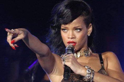 Rihanna Nem Madonna, Nem Beyoncé. Rihanna É A Cantora Mais Rica Do Mundo