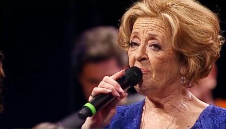 Simone Rtp Exibe Concerto De Homenagem A Simone De Oliveira