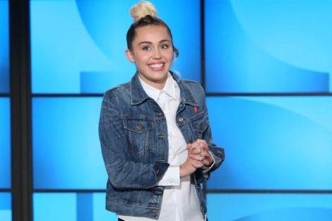 Miley Cyrus Miley Cyrus Faz Nova Tatuagem Sobre A Separação De Liam Hemsworth?