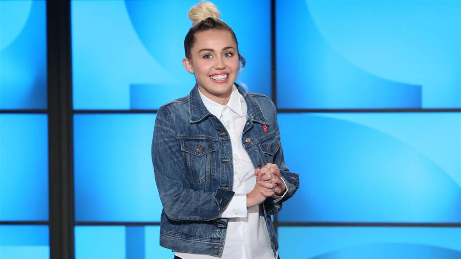"""Miley Cyrus Miley Cyrus Está De Luto: """"Vou Sentir A Tua Falta Sempre"""""""