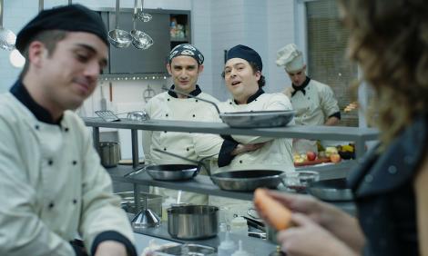 Sim Chef «Sim, Chef!»: As Coisas Voltam A Correr Mal No Restaurante Divina Comédia Esta Semana