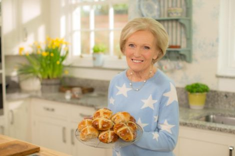 Mary Berry «Mary Berry Easter Feasts» Chega Esta Noite Ao 24Kitchen
