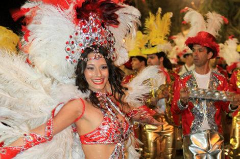 Carnaval 2013 1 700X360 Famosos São Os Reis Do Carnaval De Norte A Sul Do País