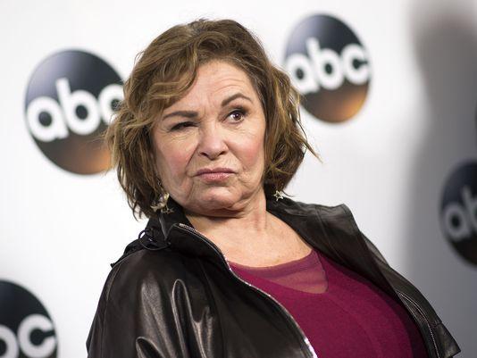 Roseanne.barr Polémica. Série Foi Cancelada Após Comentário Racista Da Protagonista