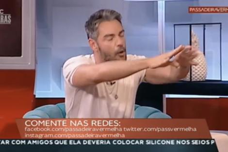 Bronca Claudio Ramos Grita Com Colegas Passadeira Vermelha 7 Bronca: Cláudio Ramos Passou-Se Em Direto E Grita Com Colegas