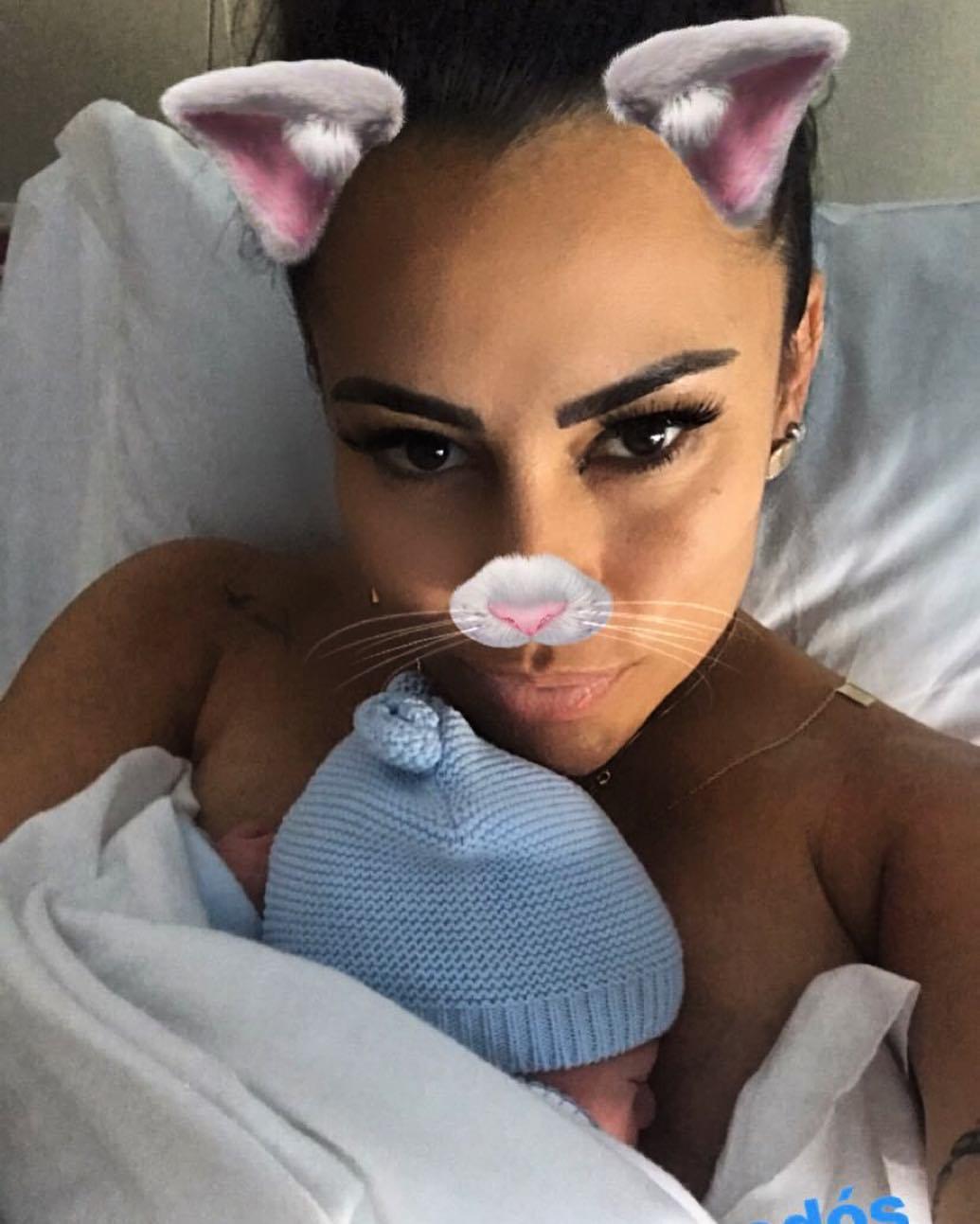 Kelly Medeiros Filho Lucca Kelly Medeiros Já É Mãe E Partilha Primeira Fotografia Do Filho