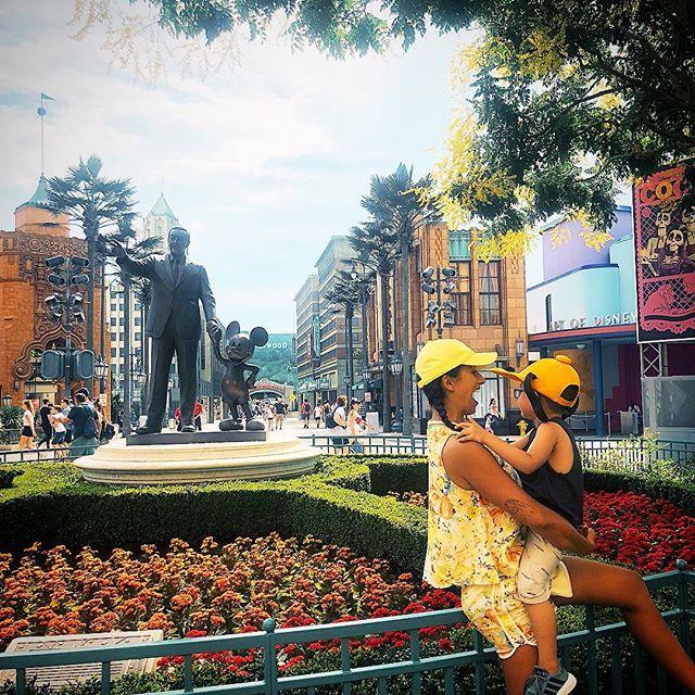 Rita Pereira Disneyland 4 Rita Pereira Responde A Crítica De Seguidora «Que Vergonha!!!»