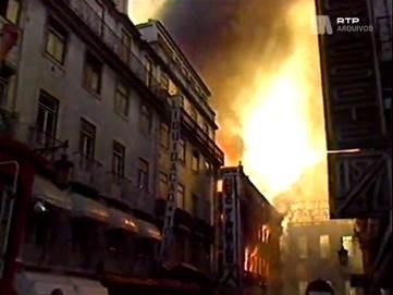 Incendio Chiado Operação Especial Rtp: 30 Anos Do Incêndio Do Chiado