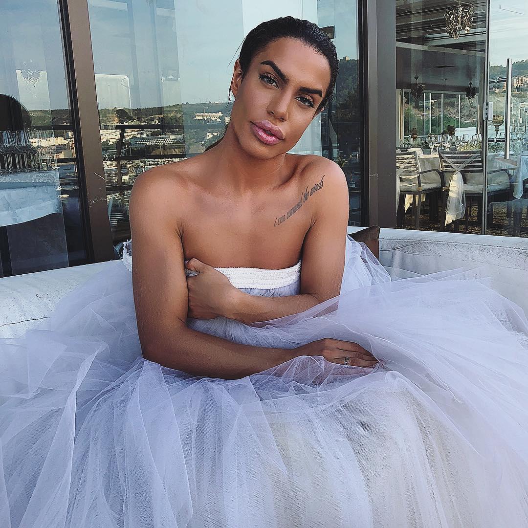 Carlos Costa Vestido De Noiva 7 Carlos Costa Vai A Casamento Vestido De Noiva. Veja As Fotos
