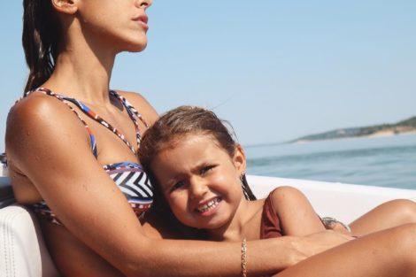 Carolina Patrocinio Goncalo Uva Diana Frederica 1 Carolina Patrocínio Criticada Por Colocar A Filha Em Perigo A Praticar Wakeboard