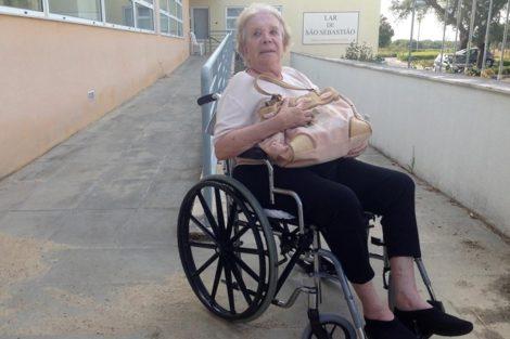 Graca Lobo Atriz Graça Lobo Foi &Quot;Roubada&Quot; E Abandonada Em Lar