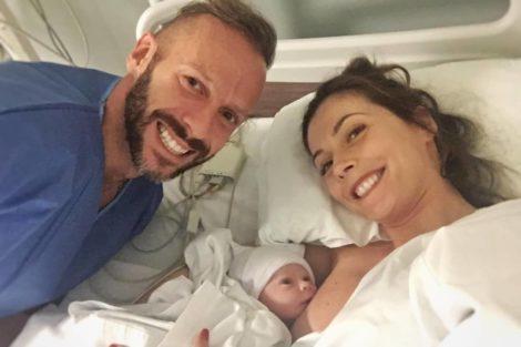 """claudia borges samuel fortuna carolina 1 Cláudia Borges celebra oitavo mês da filha: """"Como assim?"""""""