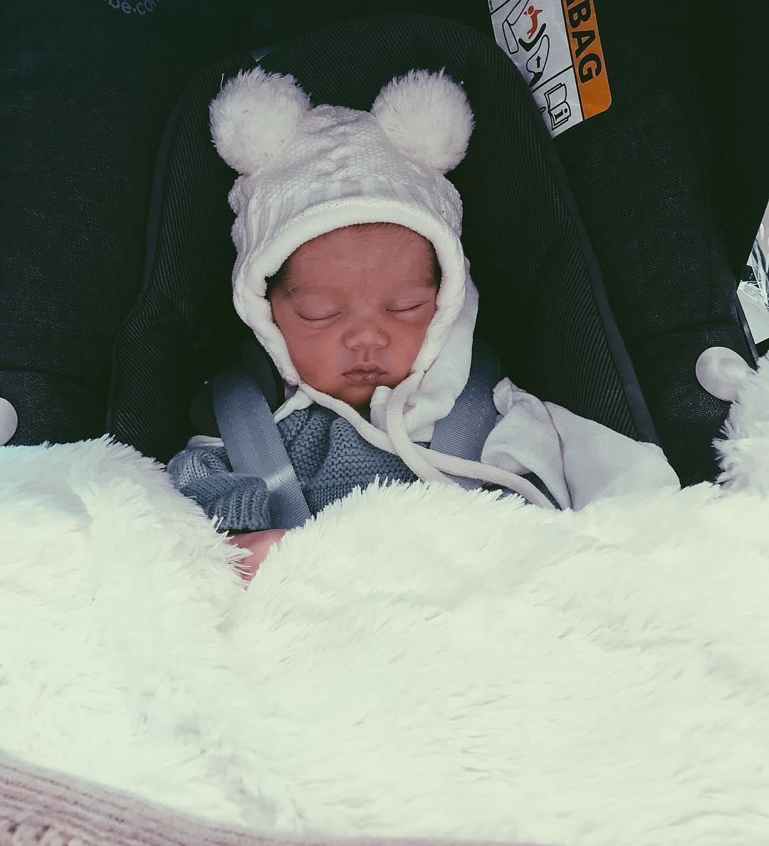 Carolina Deslandes Guilherme 1 Carolina Deslandes Encanta Fãs Com Nova Foto Do Bebé
