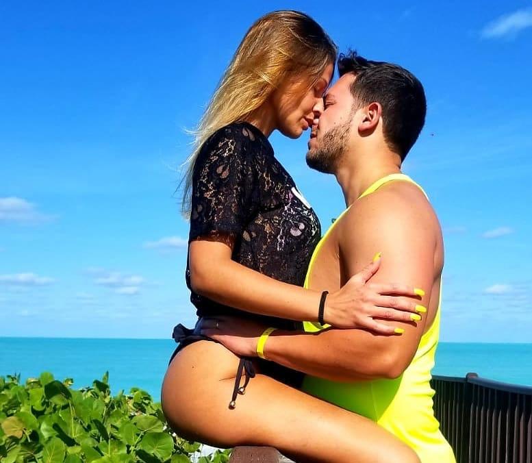 Casa Dos Segredos Bruno Alexandre Christina Marie Concorrente Da «Casa Dos Segredos» Partilha Fotos Da Esposa… Em Poses Muito Sensuais