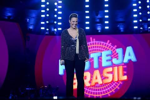 Image002 8 Paolla Oliveira Apresenta «Festeja Brasil»