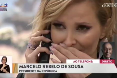 """9A83Ce66 354E 4E44 9E96 D36A68E93B1F """"É Um Homem Da Televisão"""". Realizador Reage À Chamada De Marcelo Na Estreia De Cristina"""